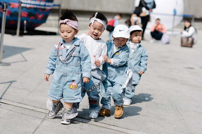 Tips mặc đơn giản mà vẫn nổi bật của fashionista Hàn là đây! - Ảnh 22.
