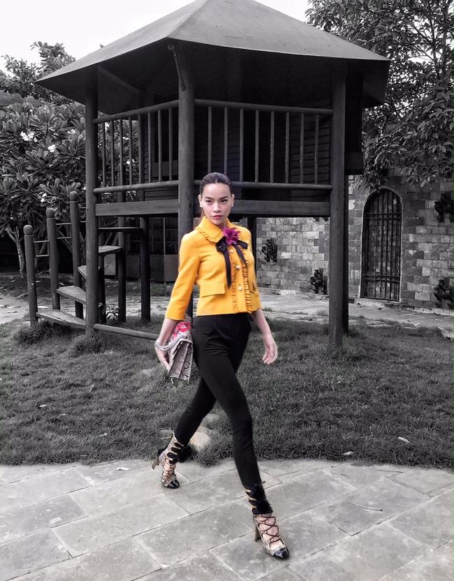 Chẳng nói chẳng rằng, Hồ Ngọc Hà cứ thế mà chễm chệ trên Instagram của Gucci - Ảnh 8.