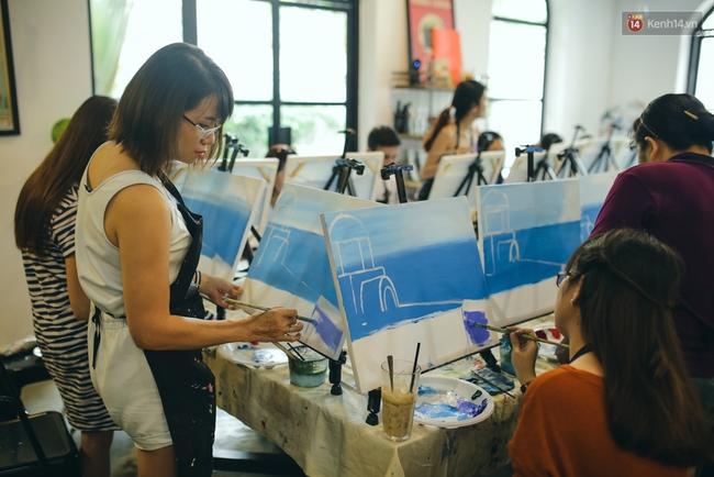 Có gì ở lớp học vẽ thư giãn đang cực hot tại Hà Nội và Sài Gòn thời gian gần đây? - Ảnh 9.