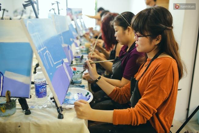 Có gì ở lớp học vẽ thư giãn đang cực hot tại Hà Nội và Sài Gòn thời gian gần đây? - Ảnh 7.