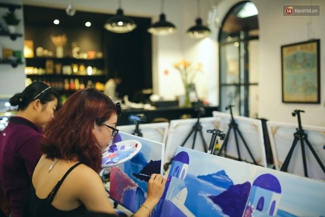 Có gì ở lớp học vẽ thư giãn đang cực hot tại Hà Nội và Sài Gòn thời gian gần đây? - Ảnh 11.