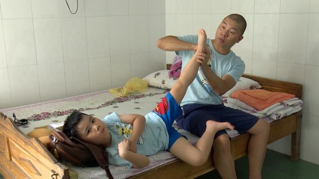 Bố ơi: Các nhóc tì mùa 3 khóc nức nở vì dậy sớm, chỗ ở không quen - Ảnh 25.