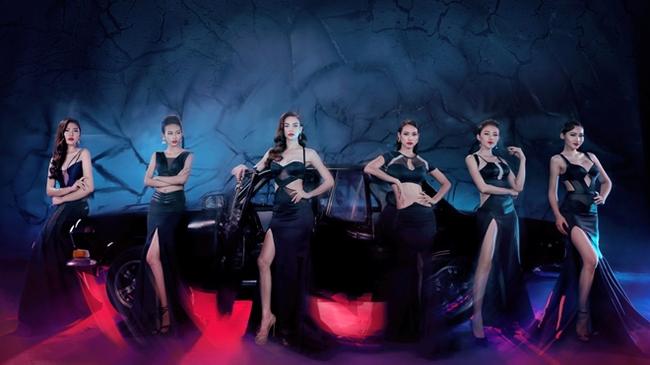 Không chỉ tụ họp cả team, MV mới của Hà Hồ còn ngập tràn toàn hàng hiệu - Ảnh 4.