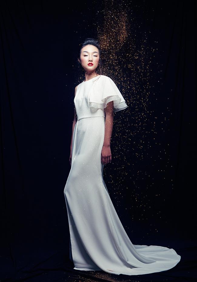 Sở hữu dung mạo mỹ nhân, Linh Khiếu hiện đang đắt show chụp hình tạp chí hơn cả chị mình! - Ảnh 14.