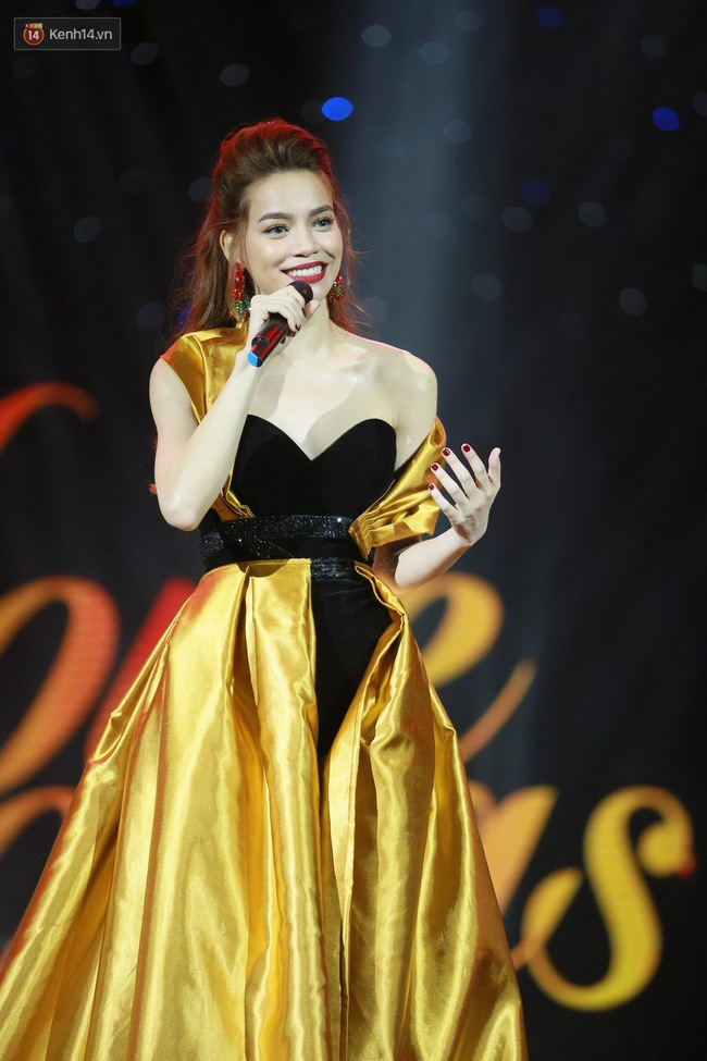 Không chỉ đốn tim với Love Songs, Hà Hồ còn chứng tỏ bản lĩnh của Nữ hoàng thời trang sân khấu - Ảnh 6.