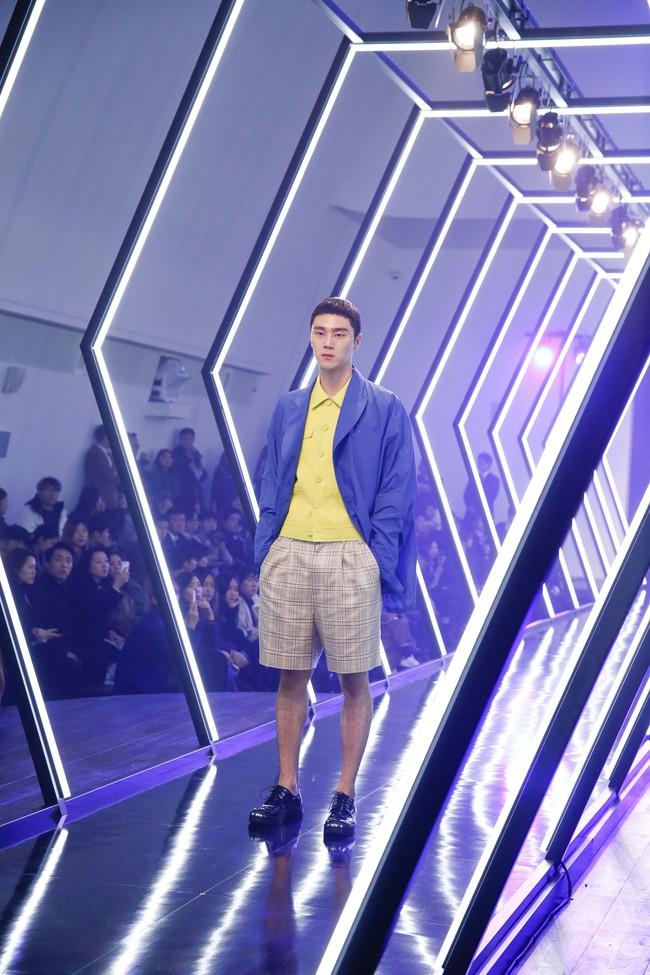 Kelbin Lei lại im ỉm qua Seoul dự show thời trang, sánh vai bên Luna (f(x)) - Ảnh 9.