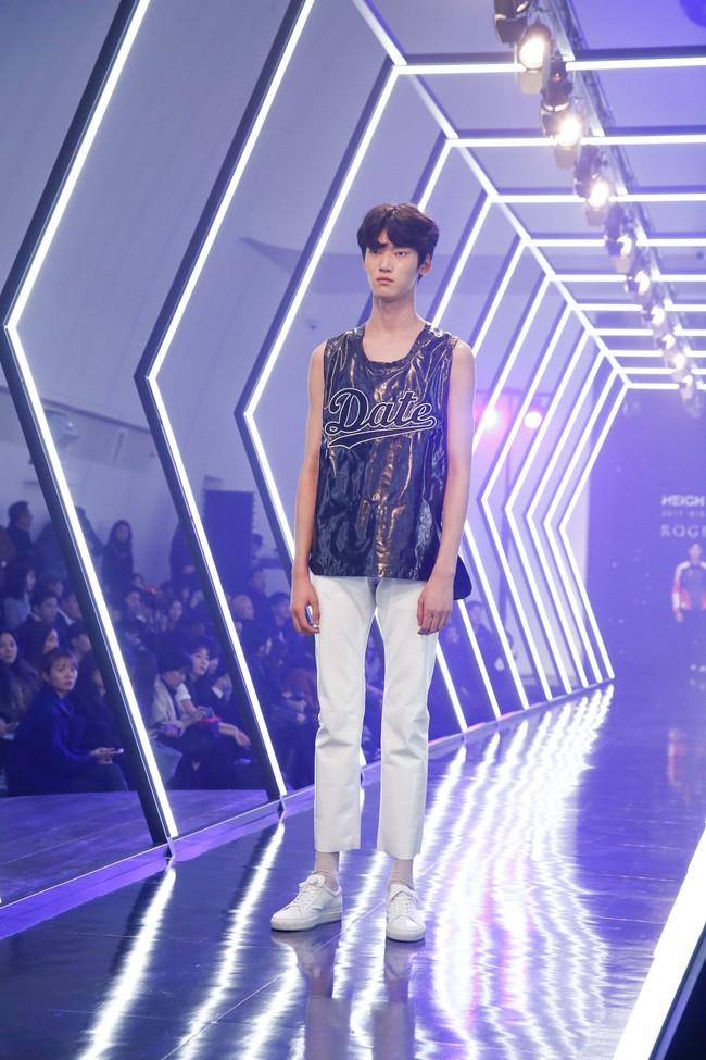 Kelbin Lei lại im ỉm qua Seoul dự show thời trang, sánh vai bên Luna (f(x)) - Ảnh 12.