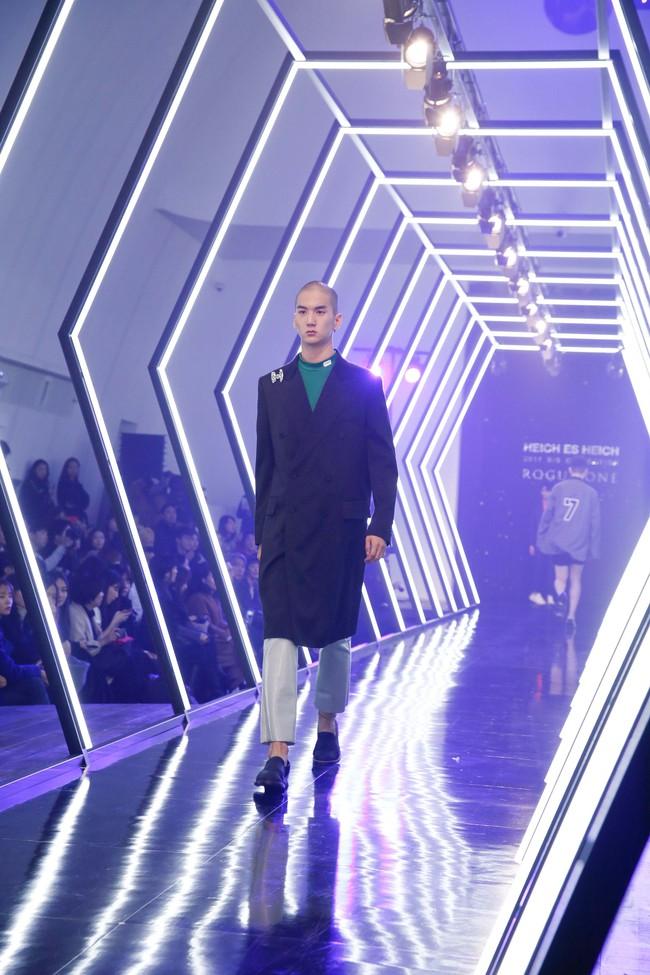 Kelbin Lei lại im ỉm qua Seoul dự show thời trang, sánh vai bên Luna (f(x)) - Ảnh 17.