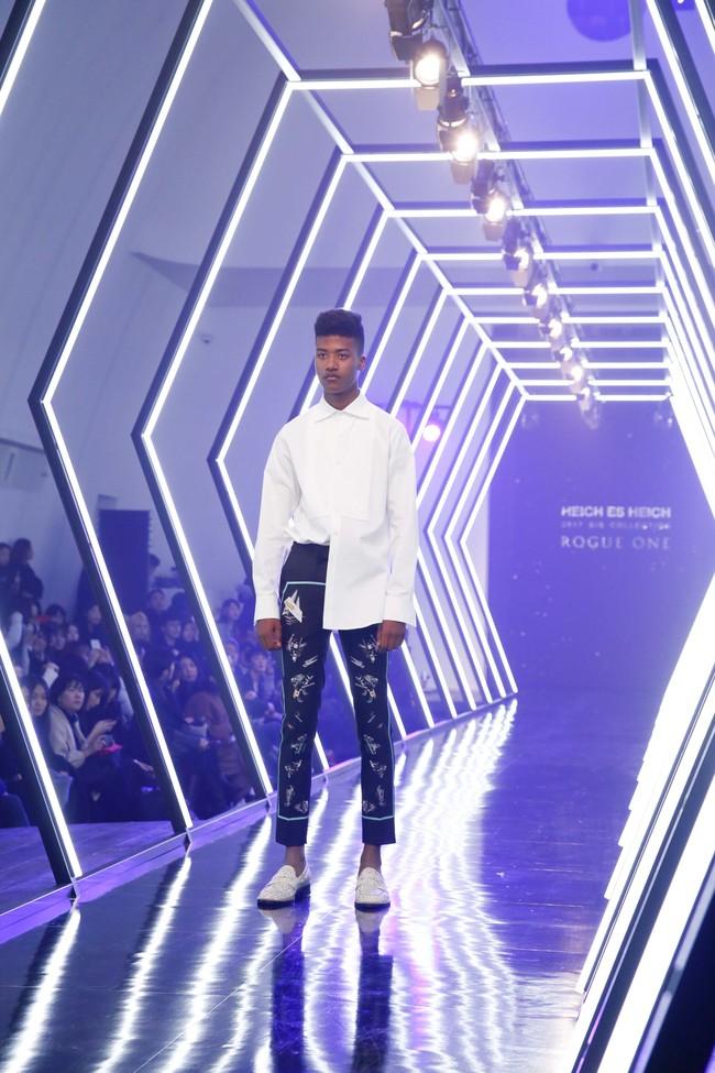 Kelbin Lei lại im ỉm qua Seoul dự show thời trang, sánh vai bên Luna (f(x)) - Ảnh 19.