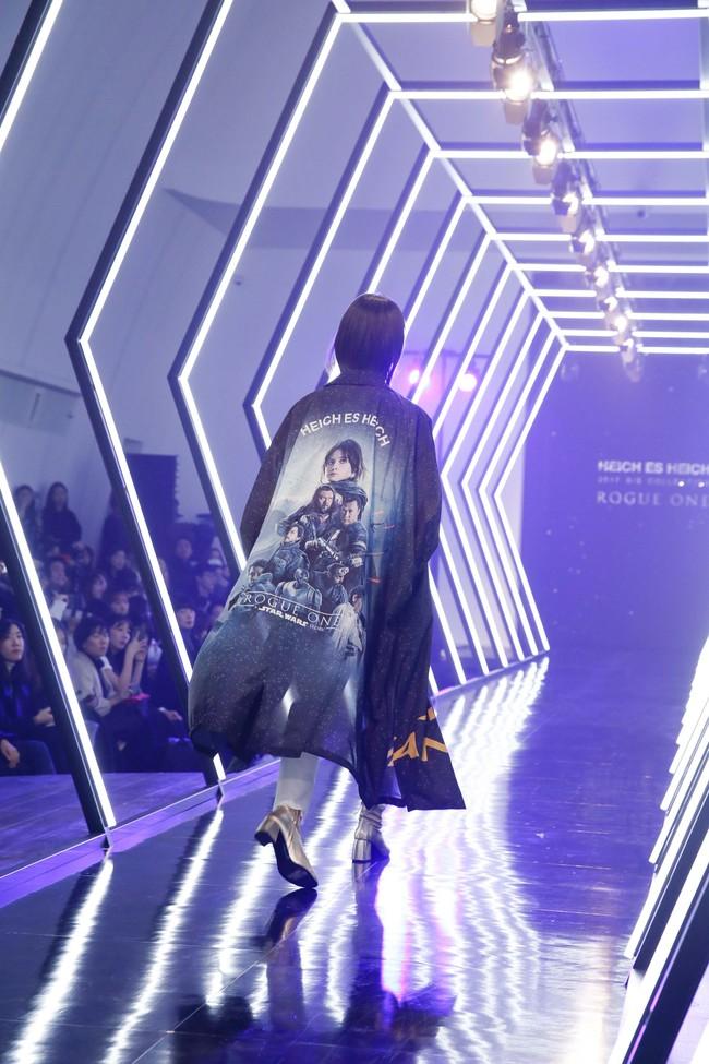 Kelbin Lei lại im ỉm qua Seoul dự show thời trang, sánh vai bên Luna (f(x)) - Ảnh 20.