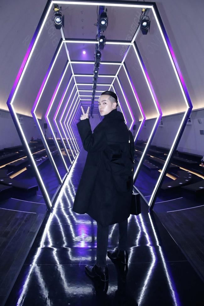 Kelbin Lei lại im ỉm qua Seoul dự show thời trang, sánh vai bên Luna (f(x)) - Ảnh 4.
