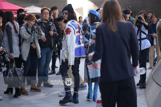 Độc quyền: Street style chất lừ tại Tuần lễ thời trang Seoul - Ngày 2 - Ảnh 3.