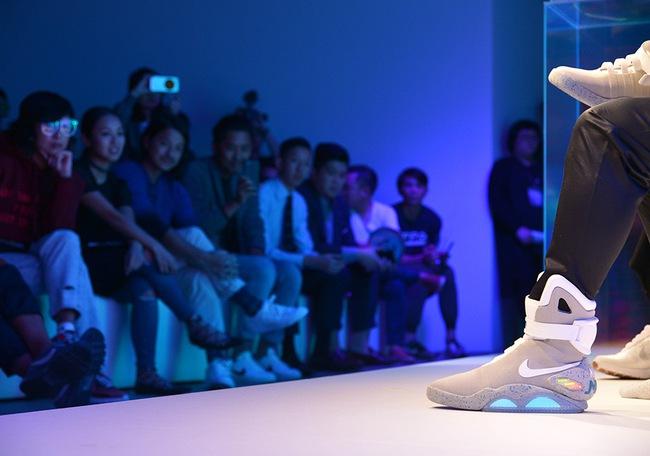 Tin được không: 2,2 tỷ đồng là giá cho đôi Nike Mag phiên bản mới nhất! - Ảnh 5.