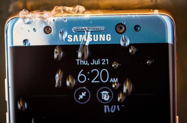 Samsung Galaxy Note7: Những cái đầu tiên và những cái nhất - Ảnh 3.