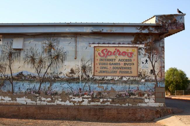 Chùm ảnh: Ghé thăm thị trấn của Úc, nơi 80% người dân sinh sống dưới lòng đất - Ảnh 7.