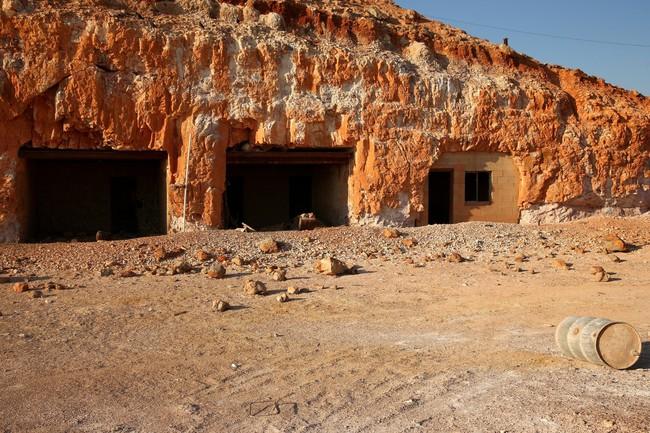 Chùm ảnh: Ghé thăm thị trấn của Úc, nơi 80% người dân sinh sống dưới lòng đất - Ảnh 9.