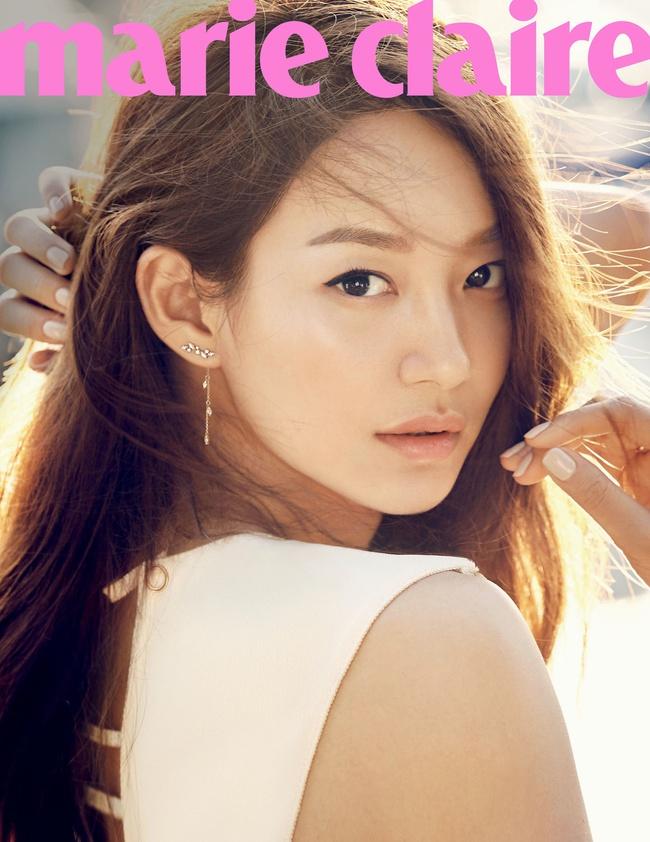 Cuộc chiến nhan sắc giữa Suzy và Seolhyun trên tạp chí: Ai đẹp hút hồn hơn? - Ảnh 17.