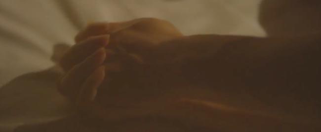 Đây là cảnh nóng đầu tiên trên màn ảnh của Minh Hằng! - Ảnh 11.