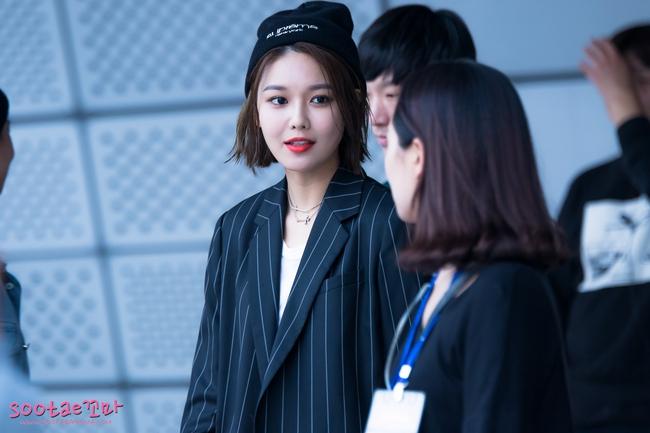 Xúng xính cùng sao Hollywood, Sooyoung được báo Vogue khen hết lời vì mặc đẹp - Ảnh 18.