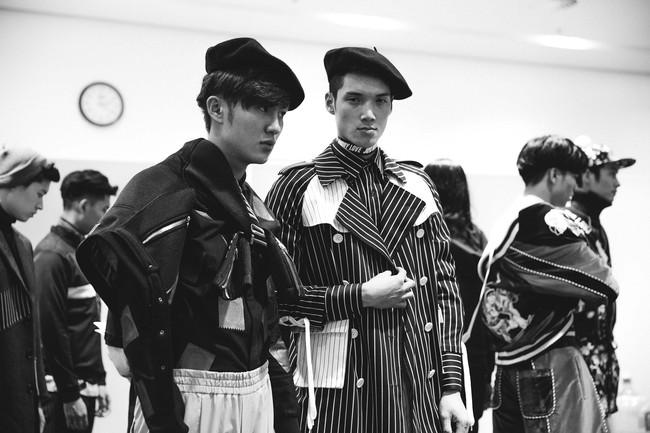 Lạc vào miền đất thời trang tuyệt mỹ của hậu trường Vietnam International Fashion Week - Ảnh 8.
