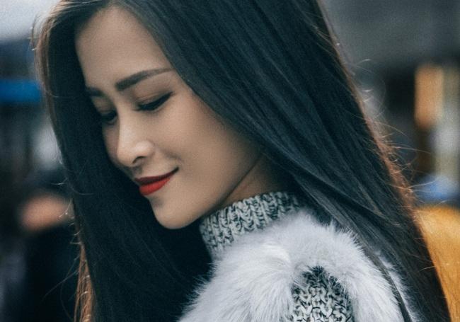 Vì sao Đông Nhi trung thành với mái tóc đen tỏa sáng suốt nhiều năm qua? - Ảnh 8.
