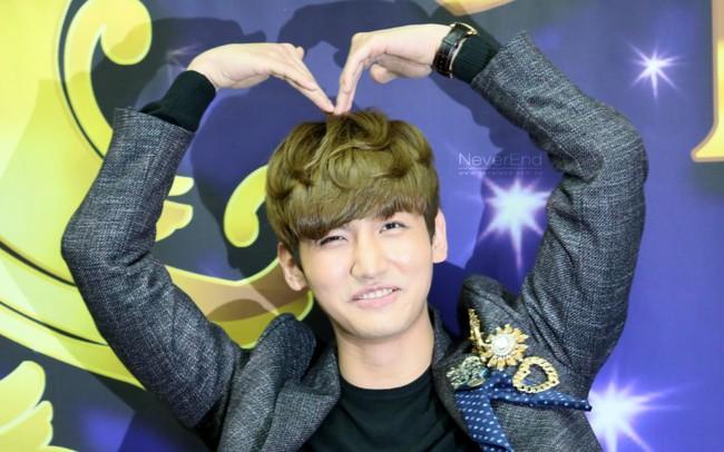 Netizen sửng sốt khi phát hiện ra điểm chung trong style của mọi em út nhà SM - Ảnh 2.