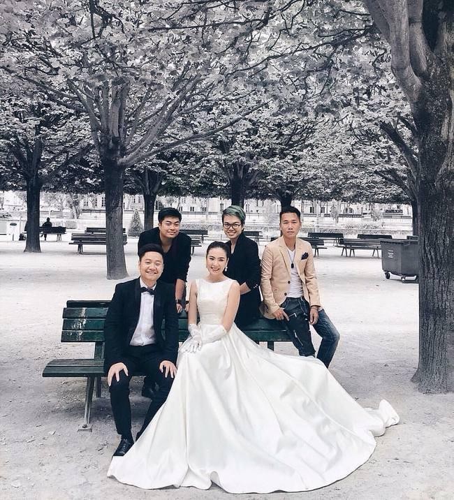 Ngắm trọn bộ 7 chiếc váy cưới, 4 bộ áo dài cùng loạt phụ kiện xa xỉ của cô gái thời tiết Mai Ngọc - Ảnh 8.