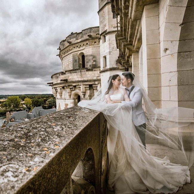 Ngắm trọn bộ 7 chiếc váy cưới, 4 bộ áo dài cùng loạt phụ kiện xa xỉ của cô gái thời tiết Mai Ngọc - Ảnh 13.