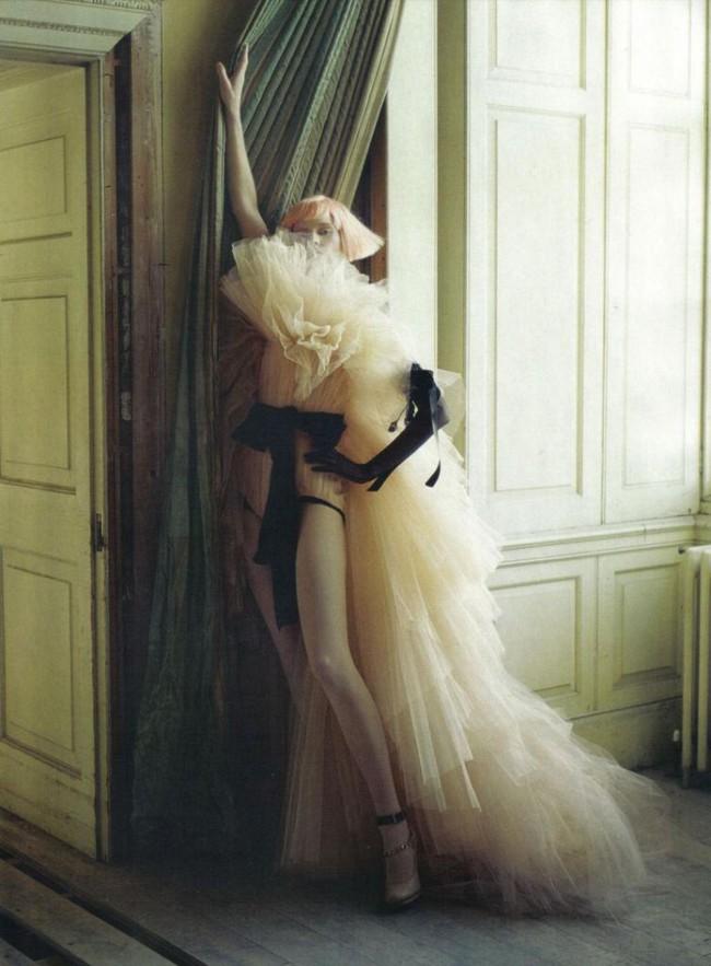 Tổng biên tập - linh hồn của kinh thánh thời trang Vogue qua đời - Ảnh 19.