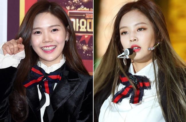 Oh My Girl bị tố đạo cả trang phục lẫn phụ kiện hàng hiệu của Jennie Kim - Ảnh 6.