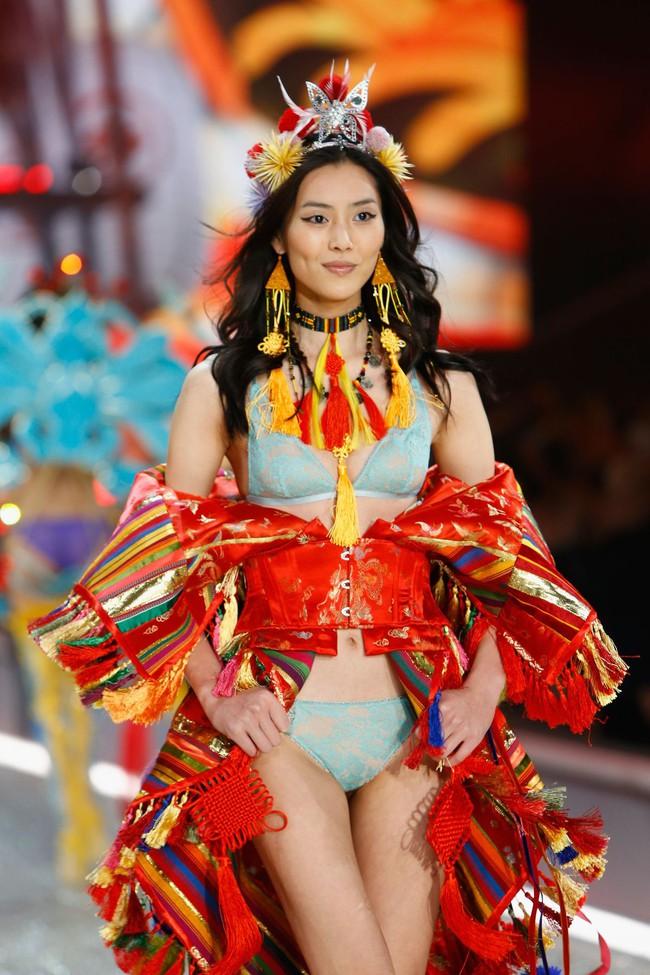 Rộ tin Victorias Secret Fashion Show 2017 sẽ được tổ chức tại Trung Quốc - Ảnh 1.