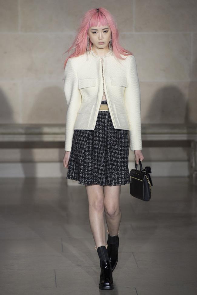 Dự show Louis Vuitton, Sehun ăn đứt Hứa Ngụy Châu về độ nam tính, được Vogue chọn là sao nam mặc đẹp nhất - Ảnh 13.