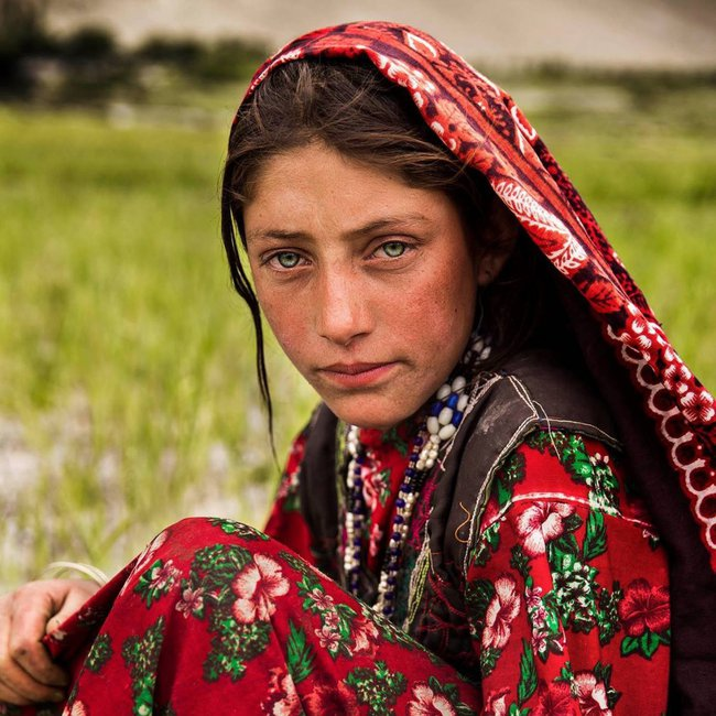 Ngắm nhìn thêm những hình ảnh về vẻ đẹp của phụ nữ trên toàn thế giới - Ảnh 21.