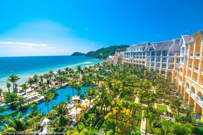 Trải nghiệm resort xa hoa như thiên đường ở Phú Quốc: Đẹp choáng ngợp, ăn ngon không thốt nên lời! - Ảnh 1.
