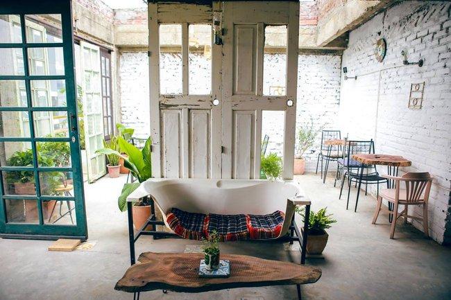 Ở Hà Nội mà không biết đến 3 quán cà phê hoài cổ này thì phí quá đi! - Ảnh 20.