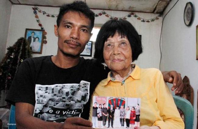 Yêu đến tận cùng, chàng trai 28 tuổi quyết lái máy bay bà già 82 - Ảnh 2.