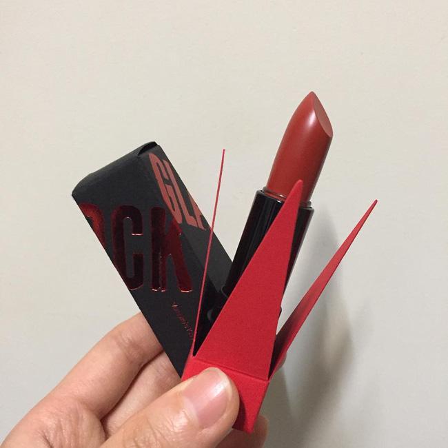 Ngoài 3CE Red Recipe, còn có 3 dòng son đỏ Hàn Quốc mới toanh giá dưới 300 ngàn VNĐ này bạn đã biết chưa? - Ảnh 10.