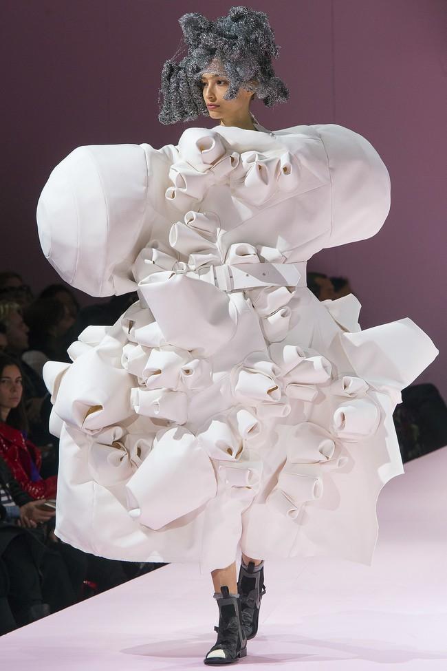 Đúng dự đoán, Dior out khỏi Top những bộ sưu tập xuất sắc nhất Tuần lễ thời trang Paris - Ảnh 51.