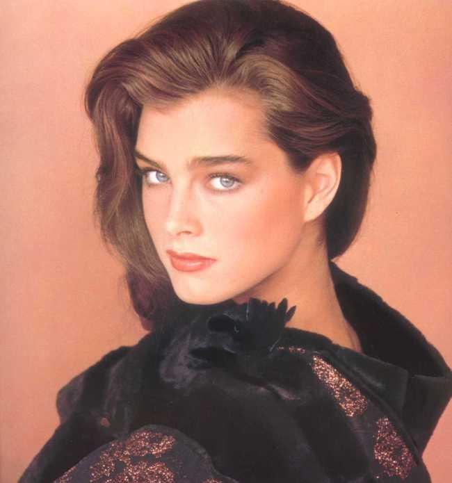 Những huyền thoại sắc đẹp của thập niên 90 khiến bạn thốt lên: Đây mới đúng là nữ thần! - Ảnh 18.