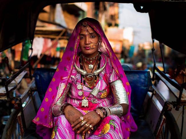 Ngắm nhìn thêm những hình ảnh về vẻ đẹp của phụ nữ trên toàn thế giới - Ảnh 17.