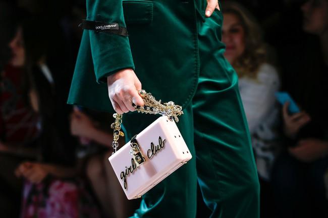 Lý Quí Khánh mang phong cách một mình một kiểu đến show diễn Dolce&Gabbana - Ảnh 12.