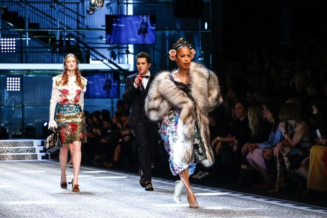 Lý Quí Khánh mang phong cách một mình một kiểu đến show diễn Dolce&Gabbana - Ảnh 14.