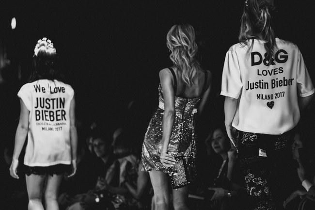 Lý Quí Khánh mang phong cách một mình một kiểu đến show diễn Dolce&Gabbana - Ảnh 16.