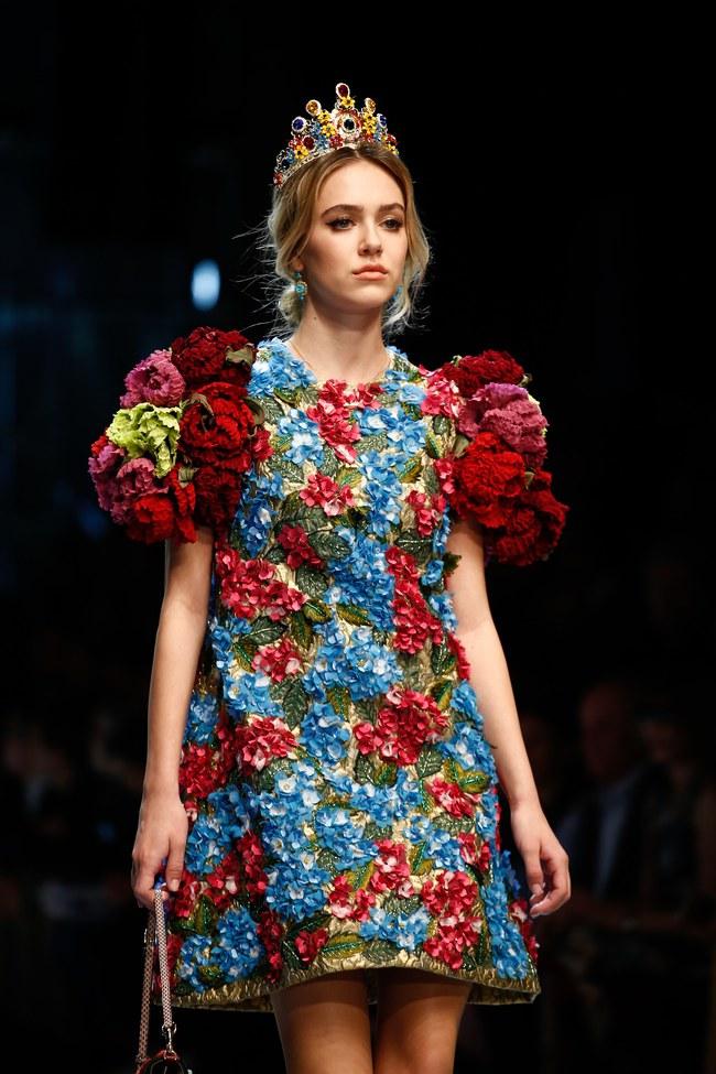 Lý Quí Khánh mang phong cách một mình một kiểu đến show diễn Dolce&Gabbana - Ảnh 18.