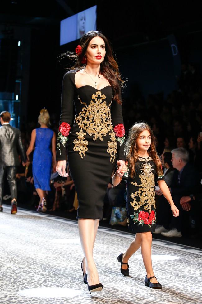 Lý Quí Khánh mang phong cách một mình một kiểu đến show diễn Dolce&Gabbana - Ảnh 22.