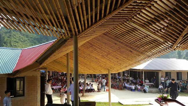Không cần đi đâu xa xôi, Việt Nam cũng có rất nhiều ngôi trường với kiến trúc siêu ấn tượng! - Ảnh 24.