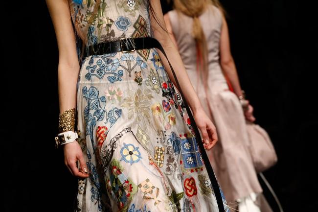 Đúng dự đoán, Dior out khỏi Top những bộ sưu tập xuất sắc nhất Tuần lễ thời trang Paris - Ảnh 18.