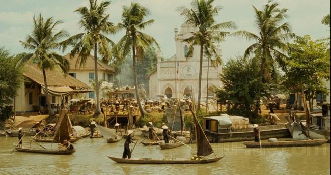 Tự hào Việt Nam mình đẹp đến thế này trong những thước phim nước ngoài! - Ảnh 2.