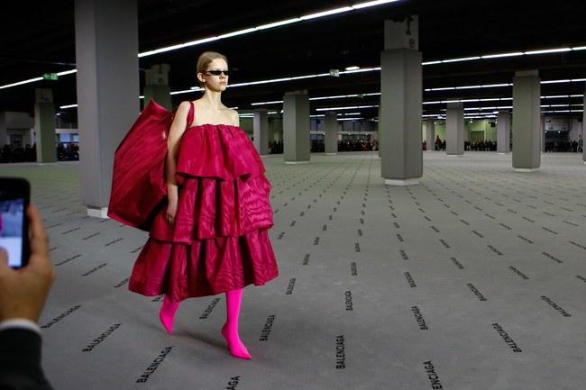 Đúng dự đoán, Dior out khỏi Top những bộ sưu tập xuất sắc nhất Tuần lễ thời trang Paris - Ảnh 11.
