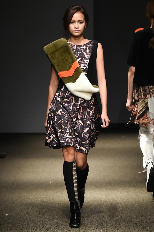 Trong một diễn biến khác: Ngọc Châu Next Top là mẫu Việt đầu tiên trình diễn tại Seoul Fashion Week - Ảnh 1.